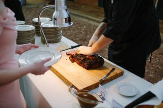 Mobile catering carving